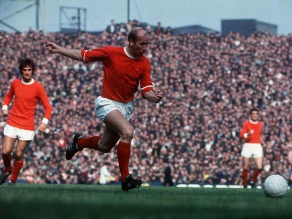 Huyền thoại MU Sir Bobby Charlton